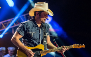 Brad Paisley Chris Lane Live 2019 Tempodrom Berlin